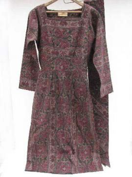 1940's - 50's vintage jacquard cotton gown w/ wide tie-belt, Saks Fifth Avenue