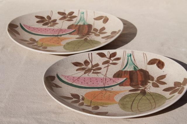 1950s vintage Red Wing pottery Futura T&ico mod fruit pattern dinner plates & vintage Red Wing pottery Futura Tampico mod fruit pattern dinner plates