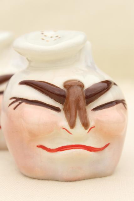 1950s vintage ceramic S&P shakers, anthropomorphic garlic 'chefs' with clothespin noses!