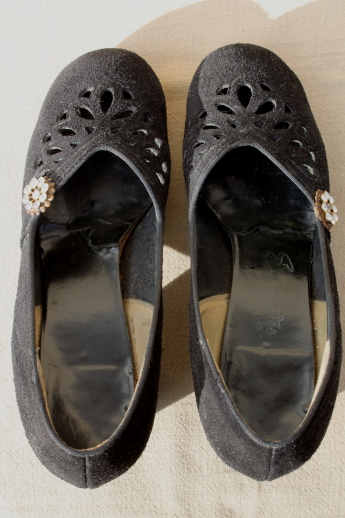 40s vintage velvet black suede leather round toe pumps, mid heel dance shoes w/ rhinestones