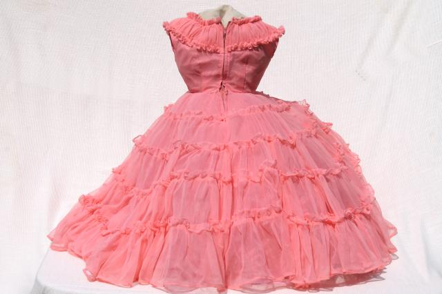 50s rockabilly vintage bo peep pink nylon ruffled dress, full hoop skirt w/ crinoline