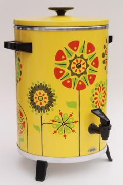 60s 70s flower power West Bend party perk, vintage 30 cup electric coffee percolator