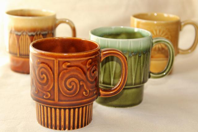 60s 70s vintage stacking stackable ceramic coffee cups, set of mismatched mugs made in Japan