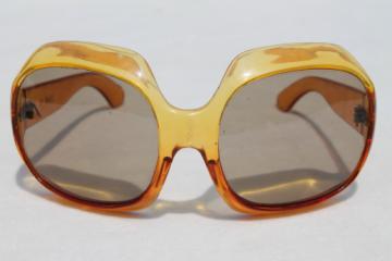 60s mod vintage sunglasses, Twiggy style w/ huge lenses, Italian designer shades