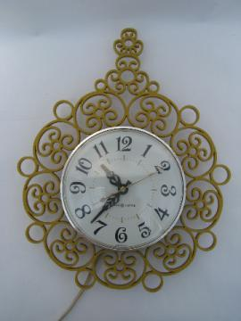 60s vintage GE kitchen wall clock, retro gold plastic frame