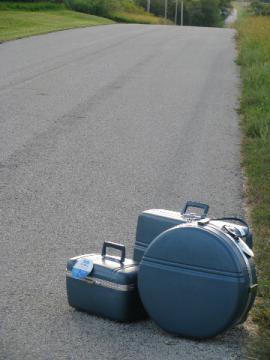 60s vintage hard-sided luggage suitcase set, train case carry-on round