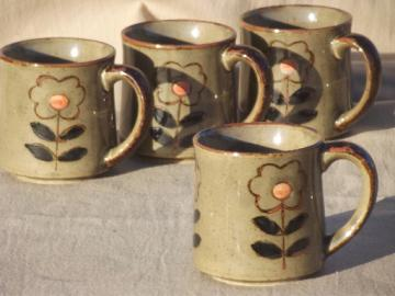 70s retro daisy flower coffee cups, vintage stoneware pottery mugs set