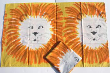 70s retro jungle lion print cotton blend fabric pillowcases, vintage pillowcase set