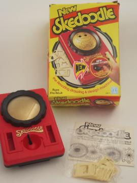 70s Skedoodle drawing toy in box, retro vintage Hasbro etch-a-sketch