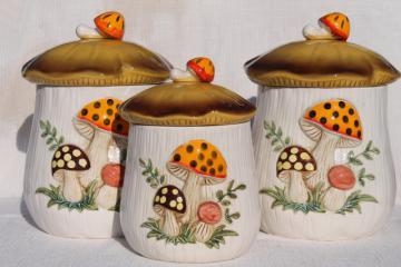 70s vintage Sears Merry Mushroom ceramic canisters, retro mushrooms ceramic Japan