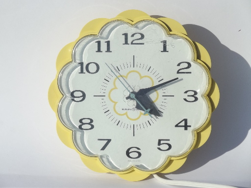 70s Vintage Ge Electric Kitchen Wall Clock Retro Yellow