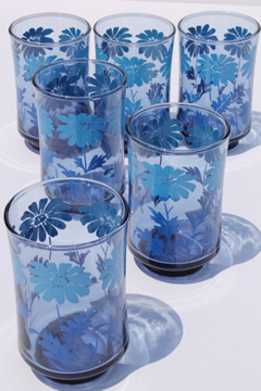 70s vintage Libbey juice glasses set of 6, retro blue fade color w/ daisy print