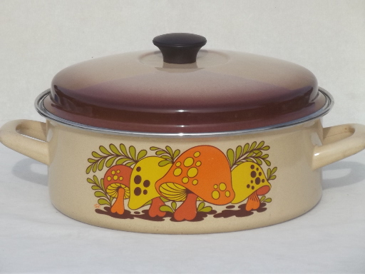 70s vintage Sears Merry Mushrooms enamel stockpot, mushroom print pot & lid