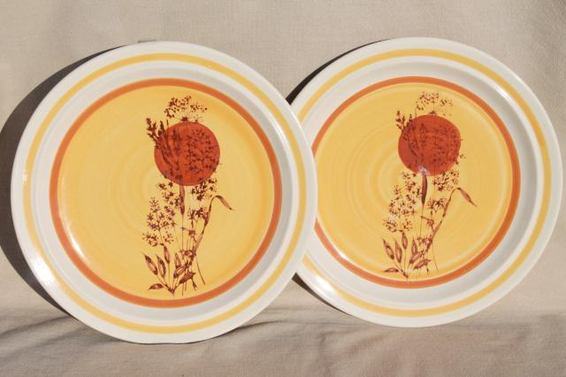 70s vintage stoneware dinner plates w/ hand painted red sun u0026 wheat grass Echo - Korea & 70s vintage stoneware dinner plates w/ hand painted red sun u0026 wheat ...