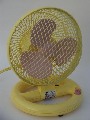 Pink Electric Fan : S retro plastic fan working electric pink blades