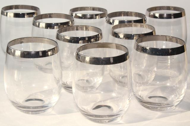 Dorothy Thorpe silver platinum band tumblers, vintage mid-century mod roly poly glasses
