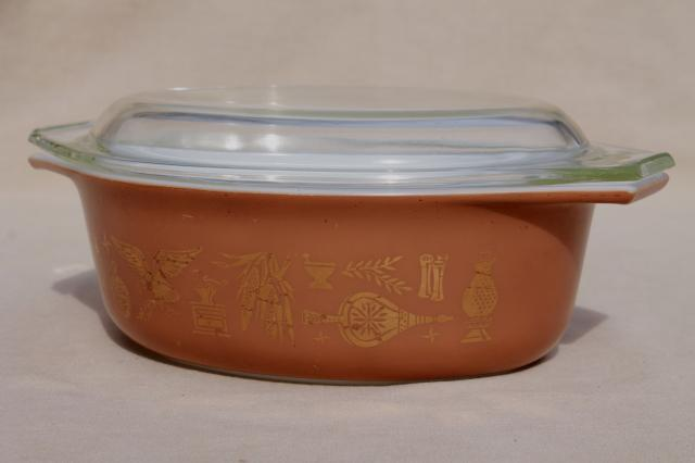 Early American Heritage Vintage Pyrex L 1 2 Quart