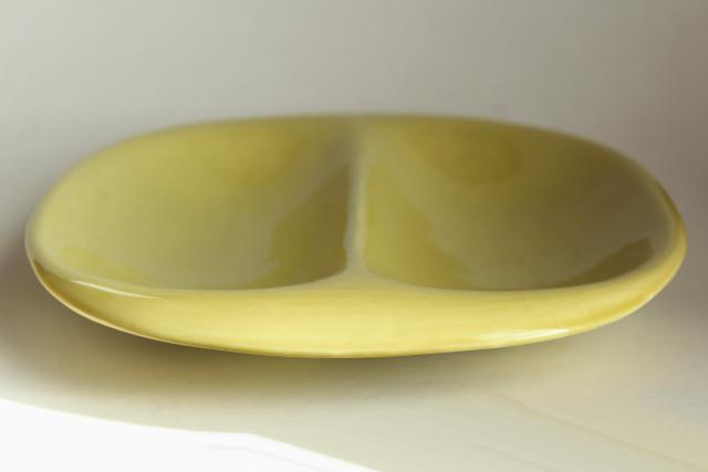 MCM vintage American Modern Russel Wright chartreuse divided dish oval vegetable bowl