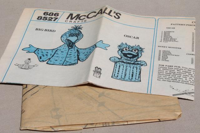 McCalls Crafts sewing pattern Sesame Street puppets Big Bird Oscar Herry Cookie Monster