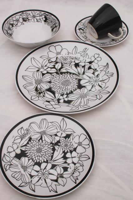 Mikasa Bouquet Mod Vintage Black Amp White Floral China