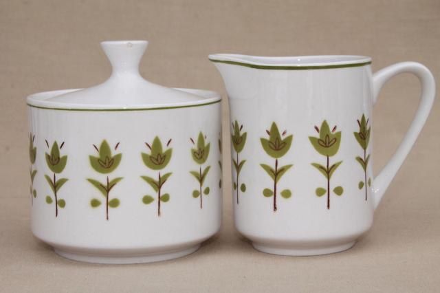Mikasa china Pirouette green tulip salt & pepper shakers, cream and sugar set