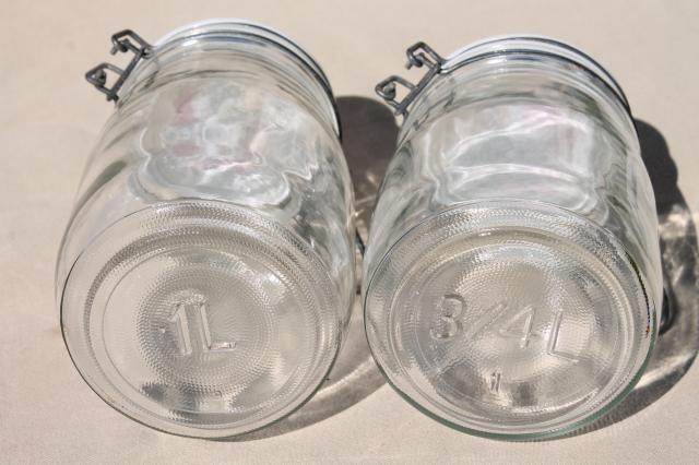 Spice of Life kitchen seasonings vintage glass jars canisters, set of 4