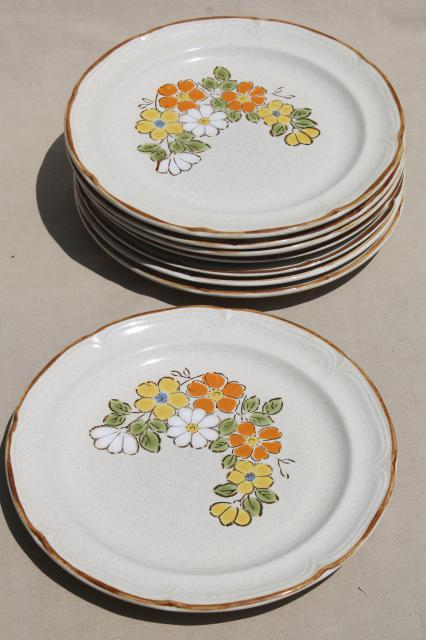 Spring Garden Hearthside Japan Stoneware Dinner Plates