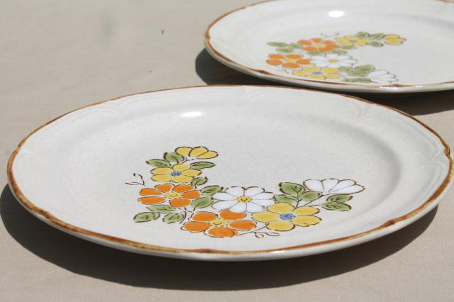 Garden Hearthside Japan stoneware dinner plates, 70s vintage pottery ...