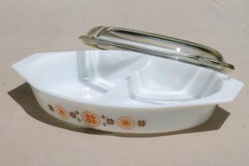 Town & Country vintage Pyrex divided casserole baking dish w/ clear glass cover