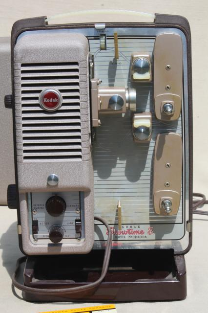 Vintage Kodak Showtime 8 movie projector, bakelite w/ original hang tag