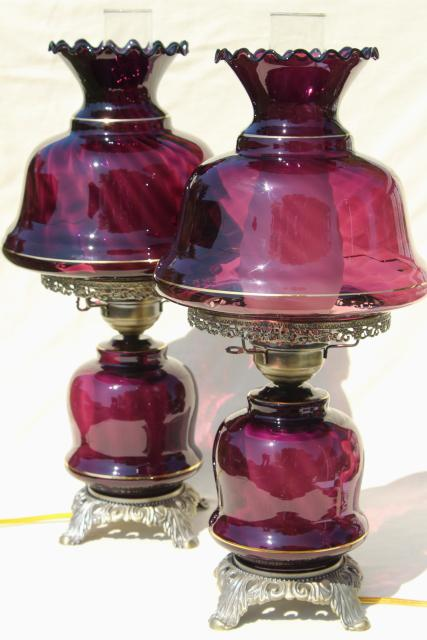 amethyst glass Abigail Adams chimney shade lamps, vintage Quoziel lamp set