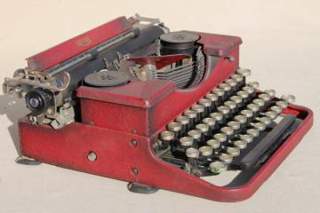 antique Royal typewriter w/ original red japanned finish, as is for photo prop or restoration