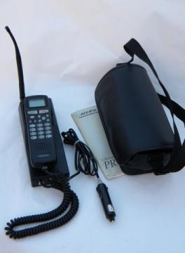 Audiovox PRT9100AU cellular/radio phone w/case&manual