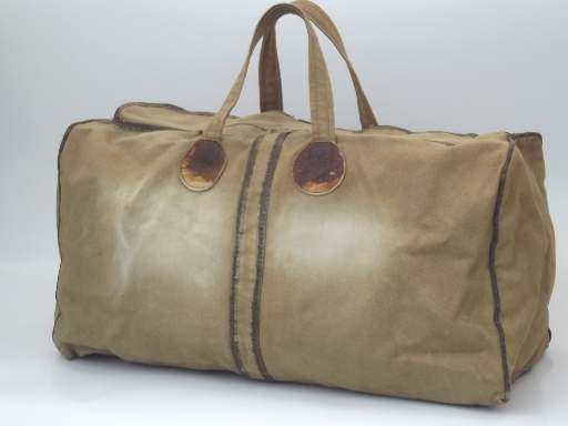 Beat up 60s vintage army green cotton bag, satchel / small duffle bag