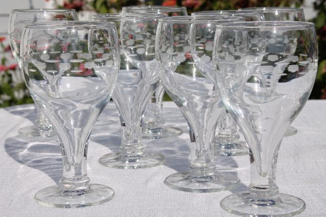 big hollow stem beer glasses w/ mod etched design, 60s 70s vintage Libbey glass set
