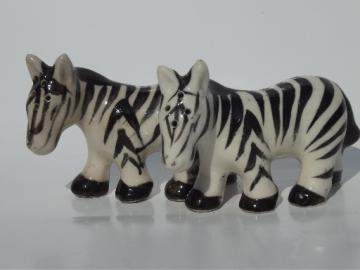 Black & white striped zebras, vintage Japan S&P salt & pepper shakers