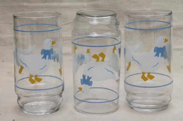 Blue Ribbon Bow Country Goose Print Drinking Glasses 80s