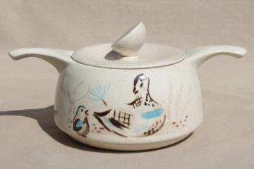 Bob White Red Wing 1950s vintage casserole dish, mid-century mod painted bird design