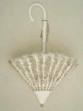 Burwood vintage plastic wall art, lace parasol  wall pocket ivy planter