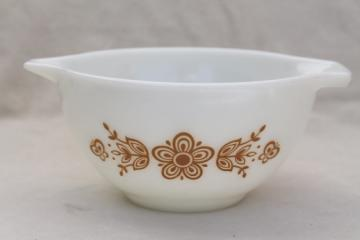 Butterfly gold vintage Pyrex glass cinderella mixing bowl, Corelle pattern go-along