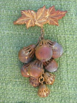 Cluster of red bronze or copper acorns, vintage brooch w/pin back