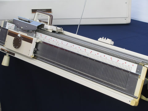 Complete Studio chunky knitting machine w/ ribber frame, punch card attachmen...
