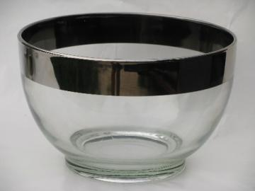 Dorothy Thorpe mid-century modern vintage wide silver band punch / chips bowl