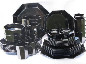 Ebony black Octime pattern glass plates bowls mugs, Arcoroc France