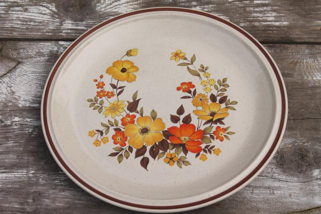 flowers vintage dinnerware set, Hearthside stoneware Chablis pattern ...