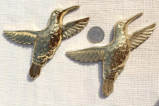 flock of gold hummingbirds, 80s retro wall art - vintage Homco plastic wall plaques