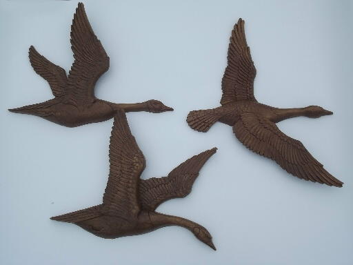 Flying geese huge plastic game birds plaques vintage syroco wall art