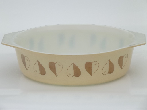 Golden Hearts Vintage Pyrex Casserole Dish Gold Heart