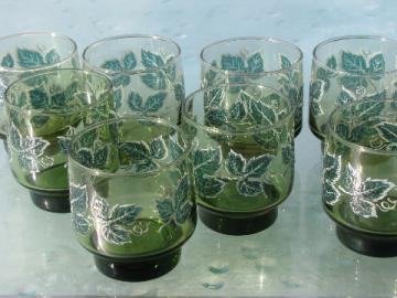 Green ivy pattern vintage Libbey drinks glasses, mod accent shape