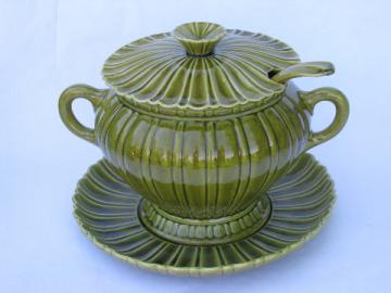 Green olive ceramic tureen w/soup ladle, retro California pottery